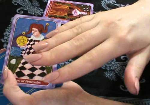 Tarocchi fra le mani